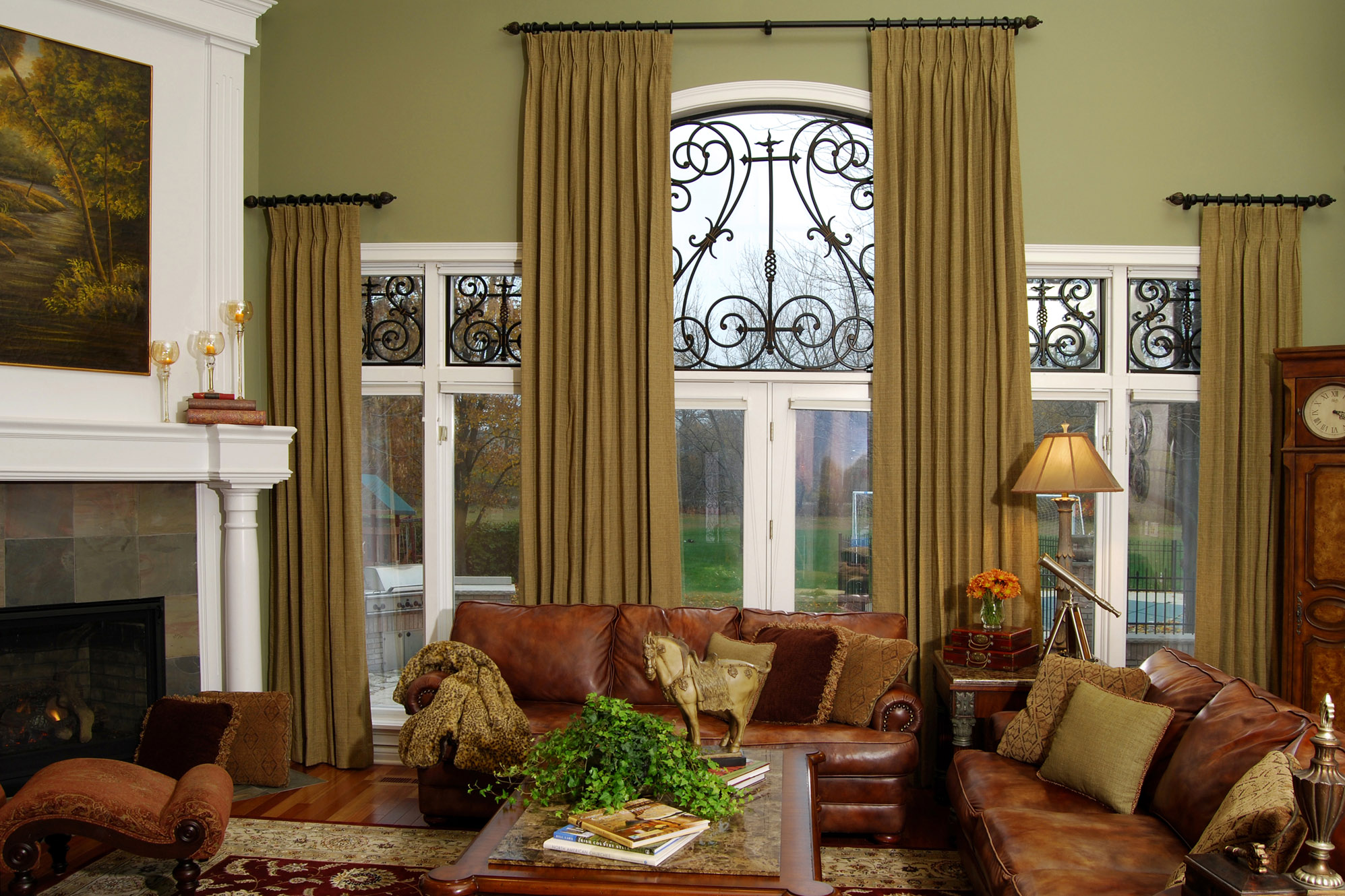 The abc 39 s of decorating t is for terrific window for Window treatment ideas