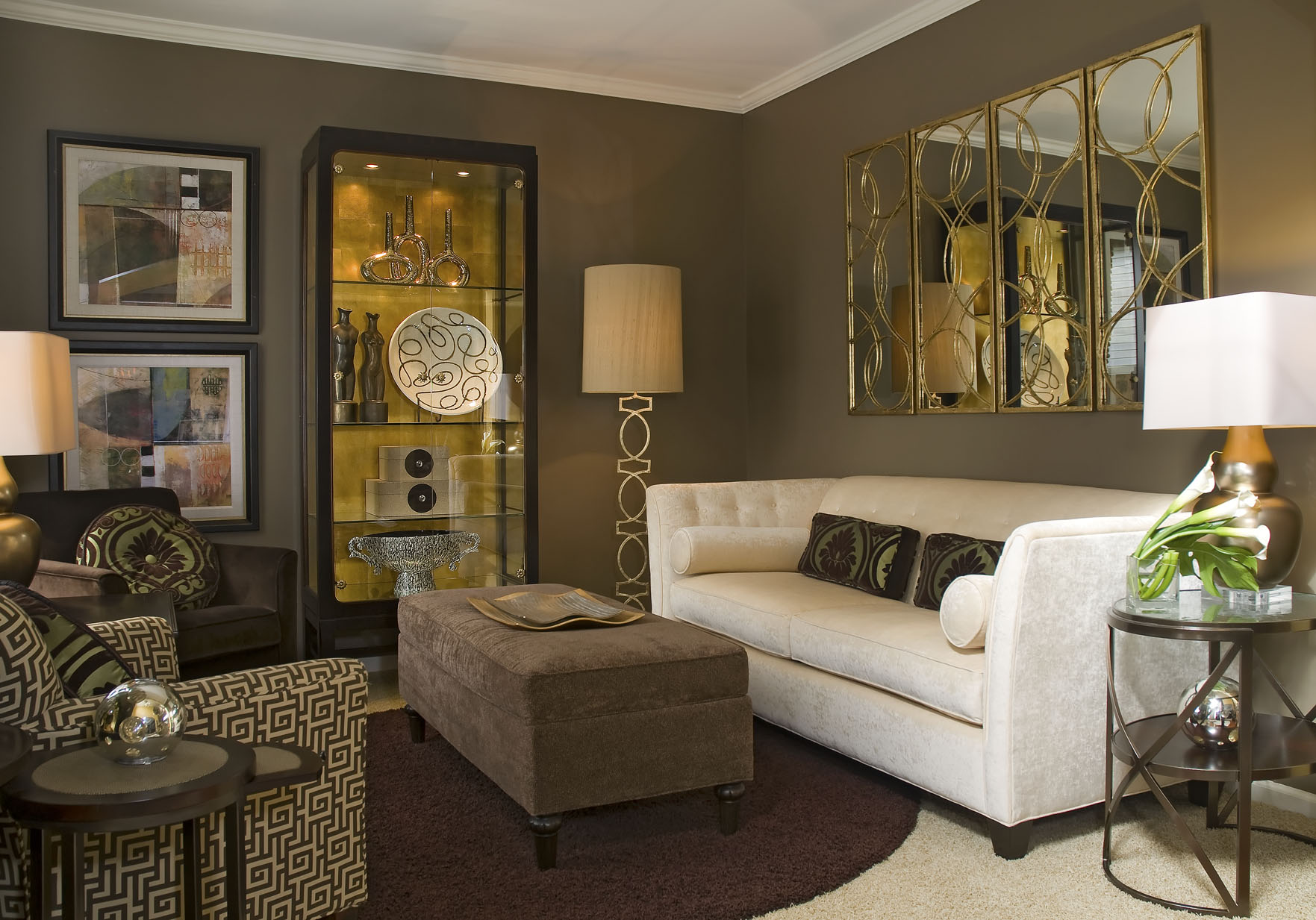 Clean Lines U2013 Class And Sophistication Abound In This Tastefully Designed Transitional  Living Room. Notice The Wonderful Mixtures Of Comfort, Sparkle, Line, ... Part 63