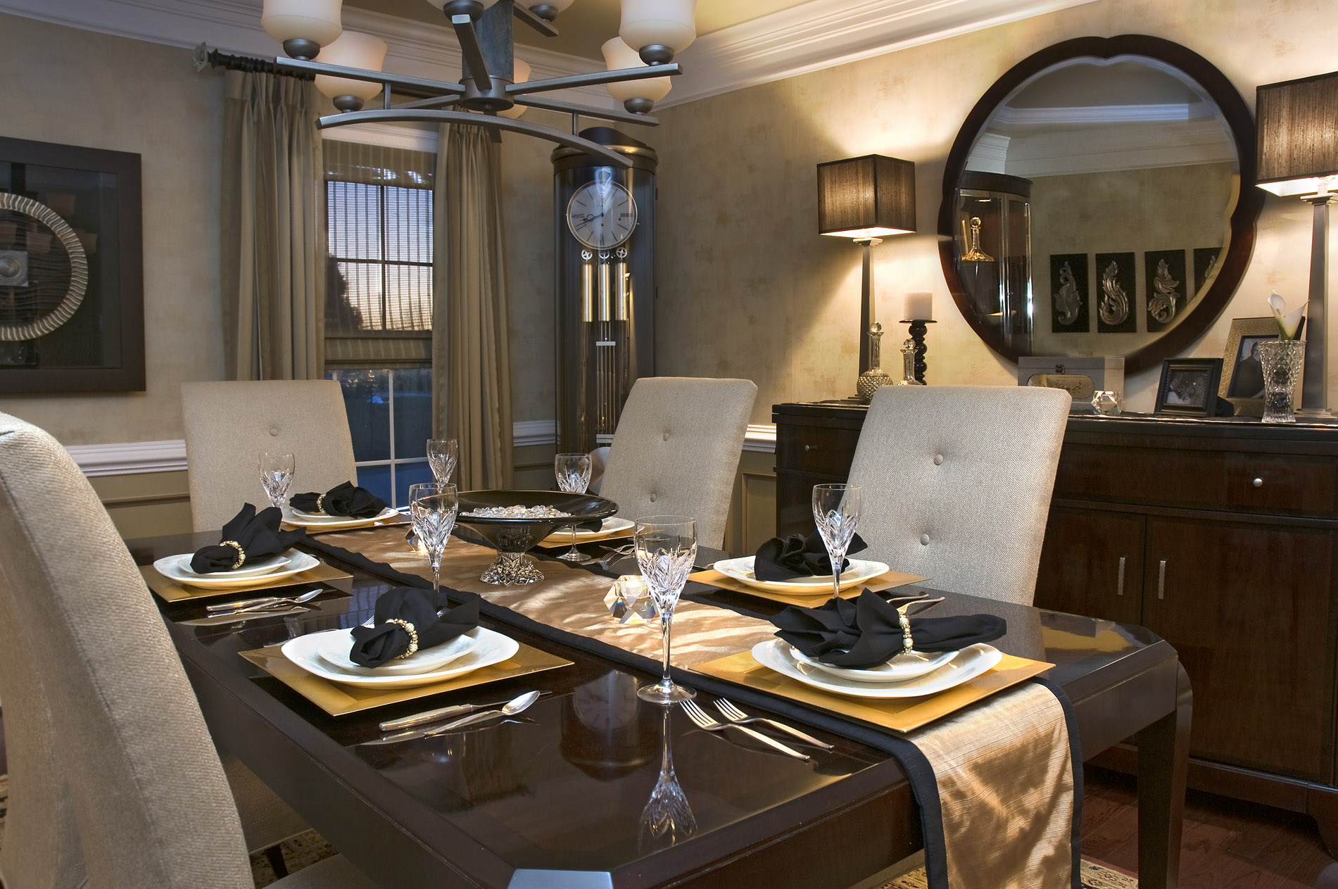 Dining in style decorating den interiors for Decorating den interiors