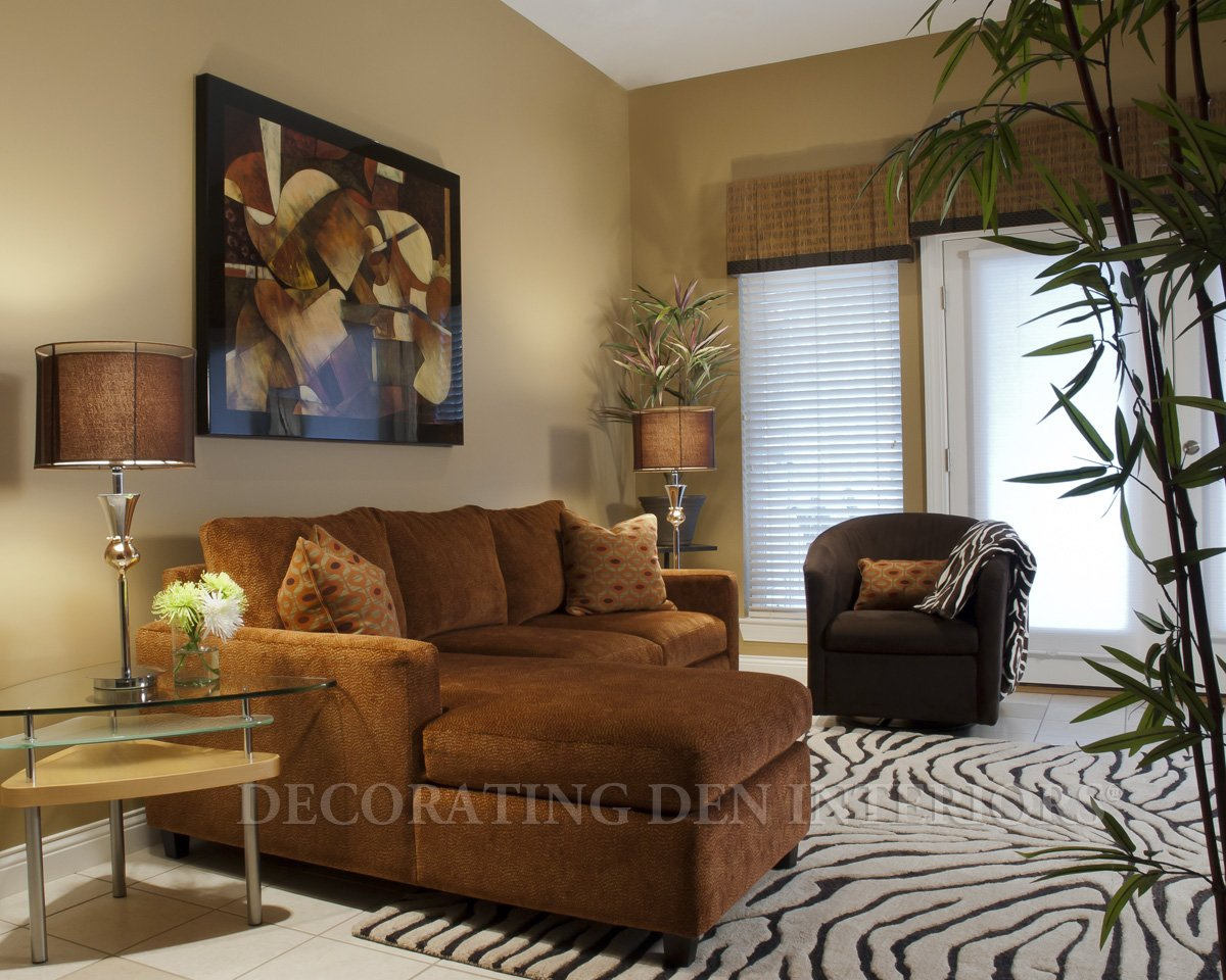 Decorating solutions for small spaces decorating den for Decorating advice