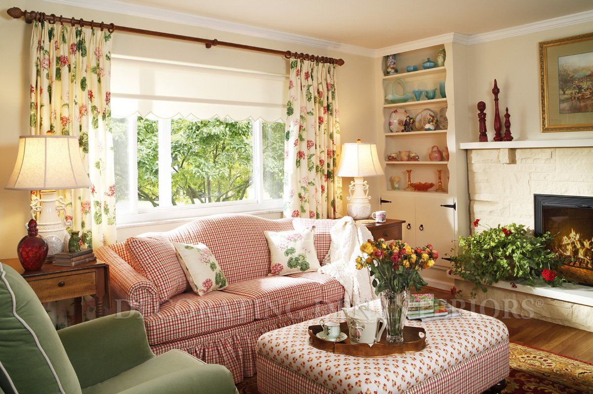 Decorating small spaces casual cottage Small space design ideas