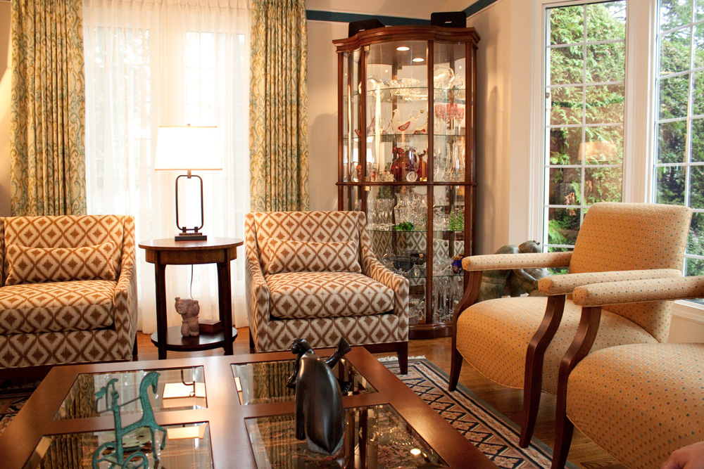 fall in love with fabrics and textures decorating den interiors