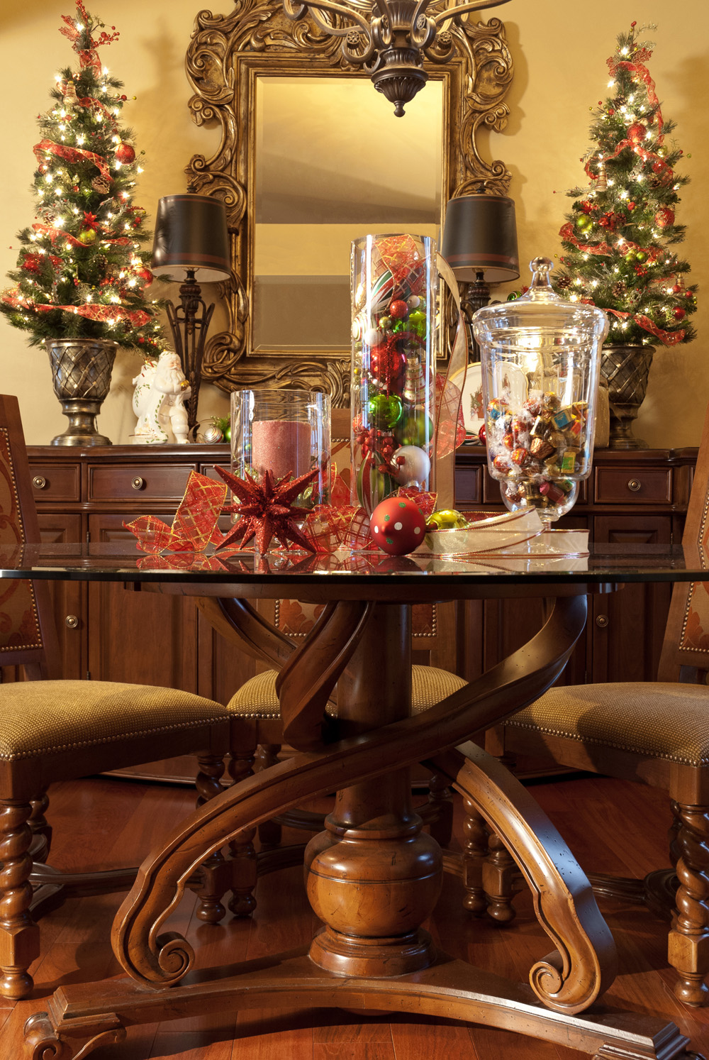 create some holiday decorating magic
